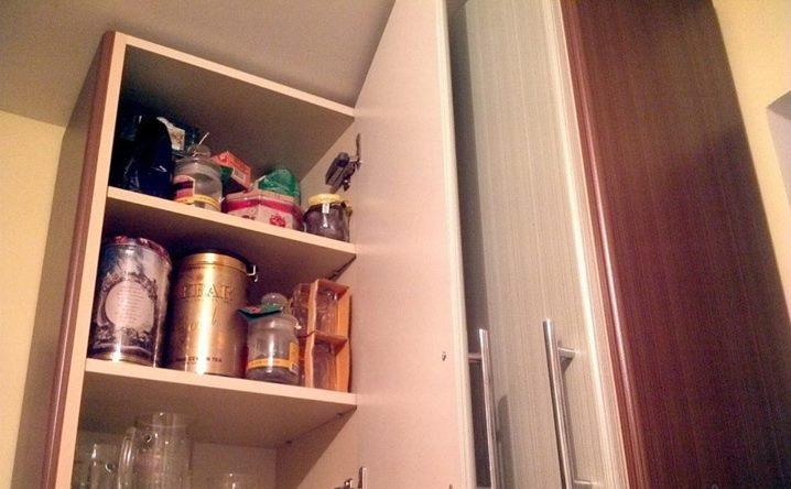 Шкафчики нужно обрабатывать ароматическими маслами